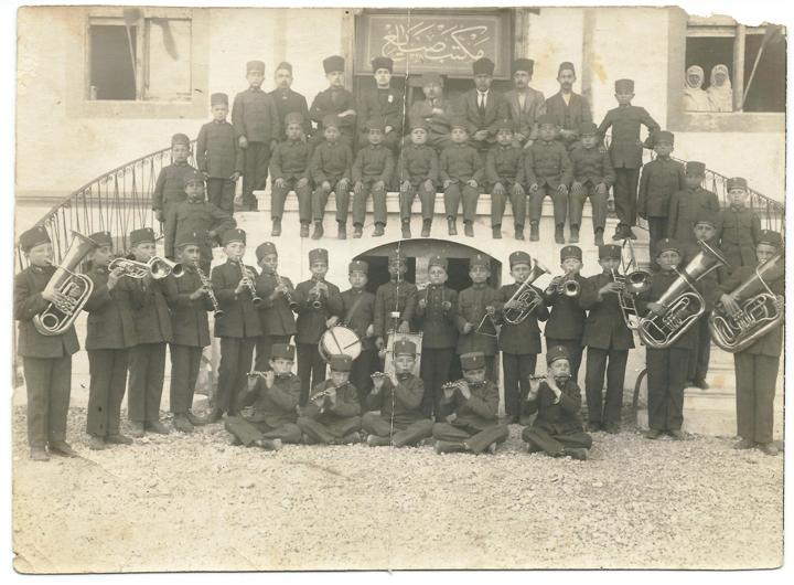 Izmir Sanayi Mektebi Bandosu - Emre ARACI Archive. The school band of the Islahhane (or Sanayi Mektebi) of Izmir, c. 1909–10. Reproduced by permission from the personal collection of Emre Aracı.
