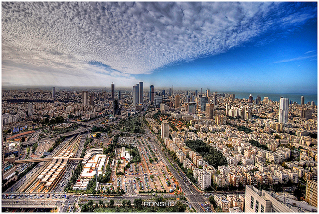 Tel Aviv skyline. Photo credit: Ron Shoshani, via Flickr Commons.