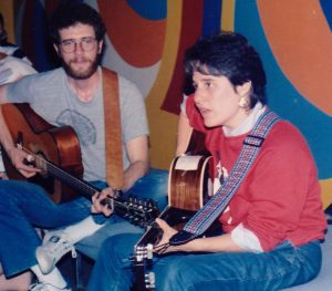 Jeff Klepper and Debbie Friedman at CAJE (Conference on Alternatives in Jewish Education), circa early 1980s. Courtesy of Jeff Klepper.