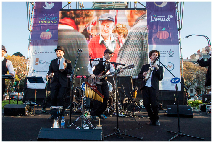Gastón Mohadeb, Rafael Surijón and Juan Sevlever perform with other members of the Orquesta Kef at the 5776/2015 Rosh Hashana Urbano festivities in the Plaza República Oriental del Uruguay. Courtesy of SherBamate Productora.