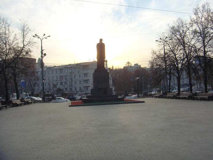 Monument to Kliment Timiryazev at the south-west end of Tverskoy Boulevard in Moscow, site of the refusenik protest described in the essay. Photo 2014 © by Maxim D. Shrayer.
