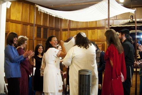 B'rit Ahuvim ceremony. Courtesy of Rabbis Amitai and Julie Pelc Adler.